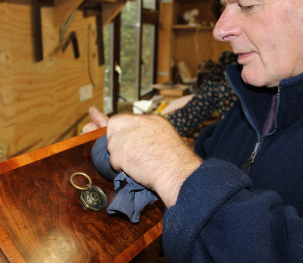 Gift voucher, Weekend courses, antique restoration, upholstery course, gift certificate